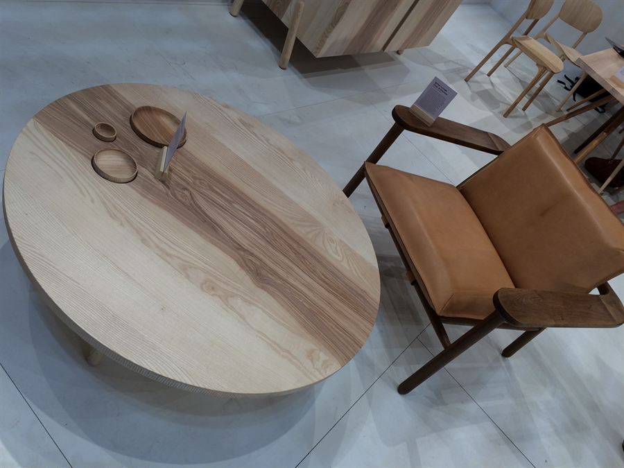 12 isaloni_salone_del_mobile_milan_home_fairs_round_furniture_design_targi_meblarskie_mediolan_forelements_blog