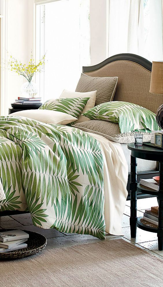 5 summer_home_decorating_ideas_interior_design_home_decor_floral_pattern_forelements_blog