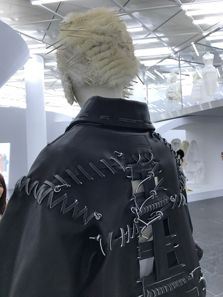 18 rei kawakubo comme des garcons art of the in between high low forelements blog